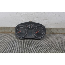 Strumentazione contachilometri Audi A2  benz dal 1999 al 2005 cod : 8Z0920900