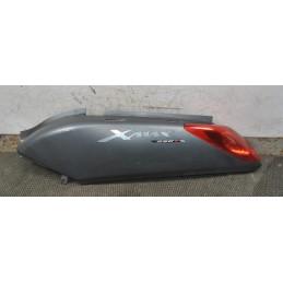 Fianchetto posteriore sinistro SX Yamaha Xmax 125 / 250 dal 2005 al 2009