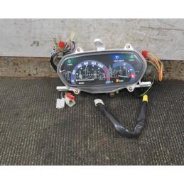 Strumentazione Contachilometri Sym Attila 125 / 150 dal 1999 al 2002 cod 35040-M700-003