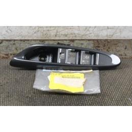 Pannello pulsantiera alzacristalli anteriore sinistra SX Mazda MPV 2.0.  dal 2002 cod. LD64-68-4L6A