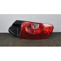 Fanale stop posteriore SX Mitsubishi Colt dal 2004 al 2012 Cod: 8330A479