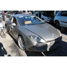 Musata anteriore completa  Renault Laguna Coupe dal 2011 al 2020 Cofano + fari + paraurti anteriore + parafanghi Dx e Sx