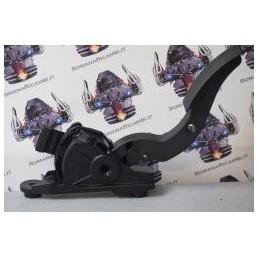 pedale acceleratore hyundai i10 cod b9010 dal 2013 pa66gf40